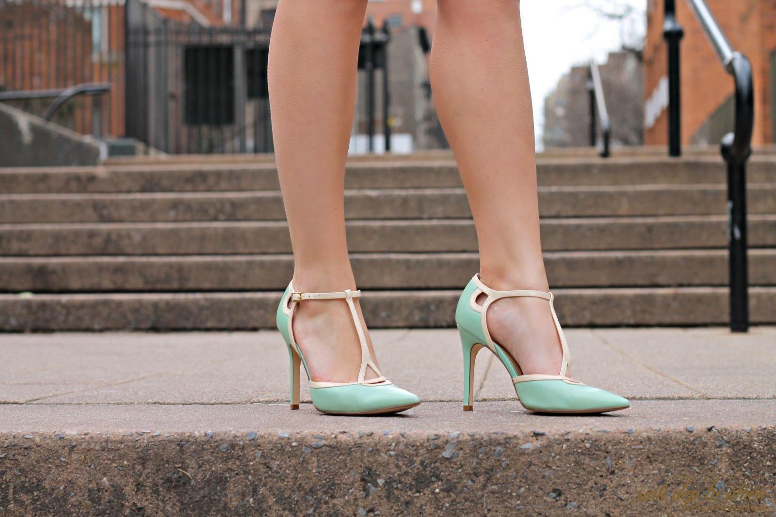 chân to mang giày gì